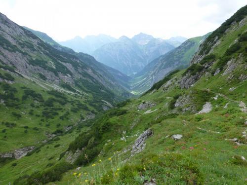 Blick ins Tal nach Holzgau