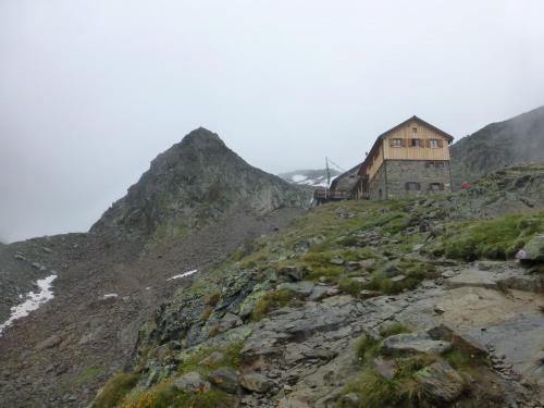Rückblick zur Kaunergrater Hütte