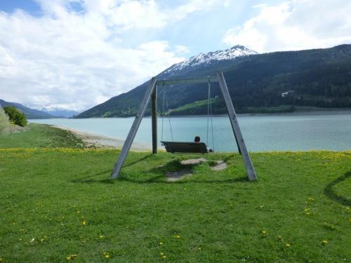 Panoramaschaukel am Reschensee